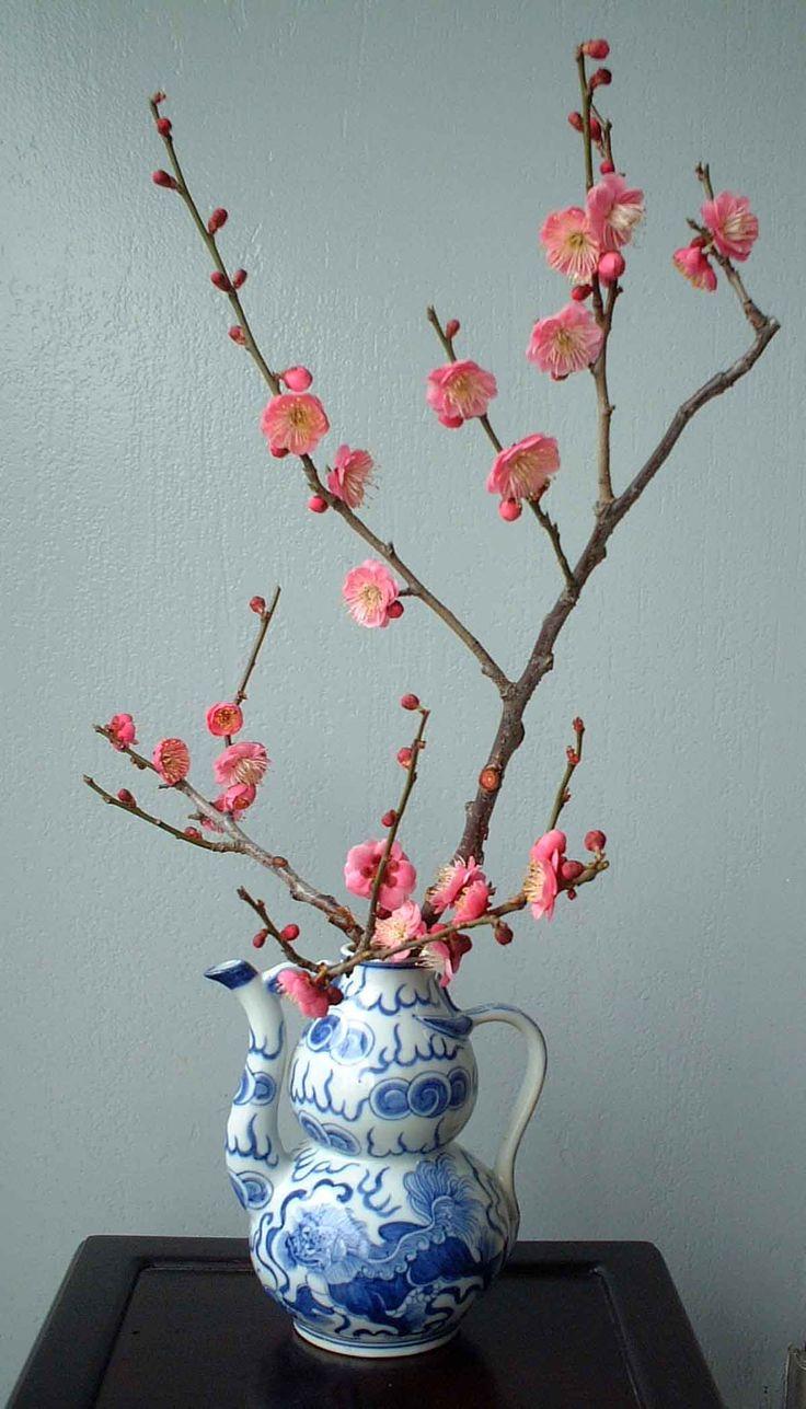Best ideas about ikebana arrangements on pinterest