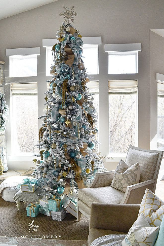 Have a Merry Christmas! This is what I want our tree to look like next year , so beautiful  <3
