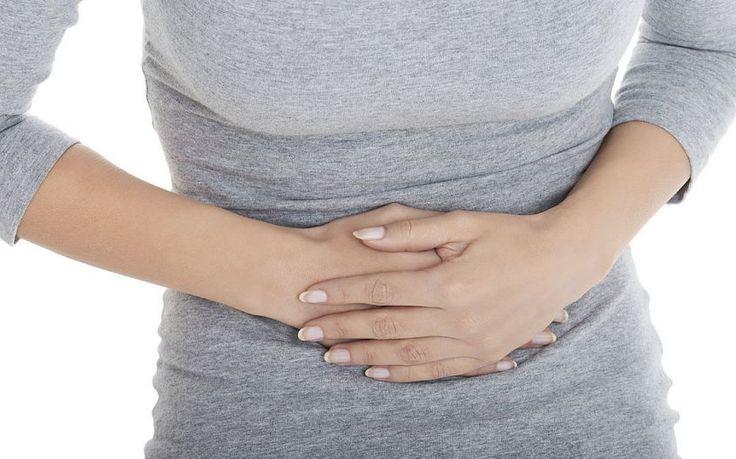 In caso di mal di stomaco da stress cosa fare? Vediamo quali sono i rimedi naturali ed omeopatici indicati e le cure a cui fare riferimento.