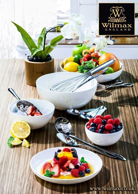 SUMMER RECIPES FROM WILMAX. Fruit and Berries in Jelly