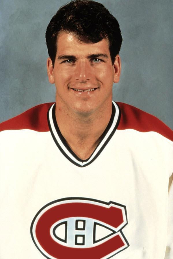Mark Recchi : Repêché au 67e rang par Pittsburgh, il a porté les couleurs des Penguins pendant six ans où il a remporté la coupe Stanley en 1990-91 aux côtés de Mario Lemieux. Il a pris la direction de Philadelphie pour quatre ans en 1992. Il a été acquis par les Canadiens le 9 février 1995 avec un choix de 3e ronde en retour d'Éric Desjardins, Gilbert Dionne et John Leclair. En 346 matchs, Recchi a récolté 120 buts et 202 passes pour 322 points. Il a ajouté 24 points en 21 matchs…