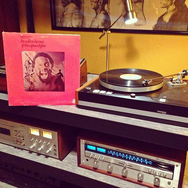 """Not many records out there that sound like this one... A strange jazzy, funky, demented, spiritual journey chaperoned by a line-up of top-shelf musicians (Harry Whitaker, Miroslav Vitous, Gary King, Alphonse Mouzon, Carla Cargill, Richie Reanikoff) and the """"Welfare City Choir"""". Fans of Gil Scott Heron should definitely check this one out.  Eugene McDaniels - """"Headless Heroes of the Apocalypse"""" OG Atlantic 1971 press.  #vinyljunkie #nowplaying #nowspinning #vinyl #vinylgram #vinylporn…"""