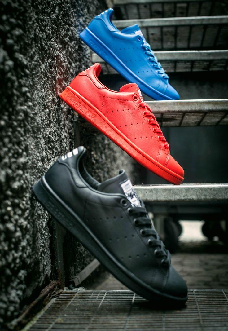 adidas nmd black red blue adidas yeezy black sole singers