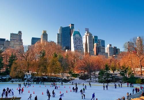 Every city has its season, and for New York it's late fall/early winter. Here are some tips for where to eat and stay in New York City during Thanksgiving.