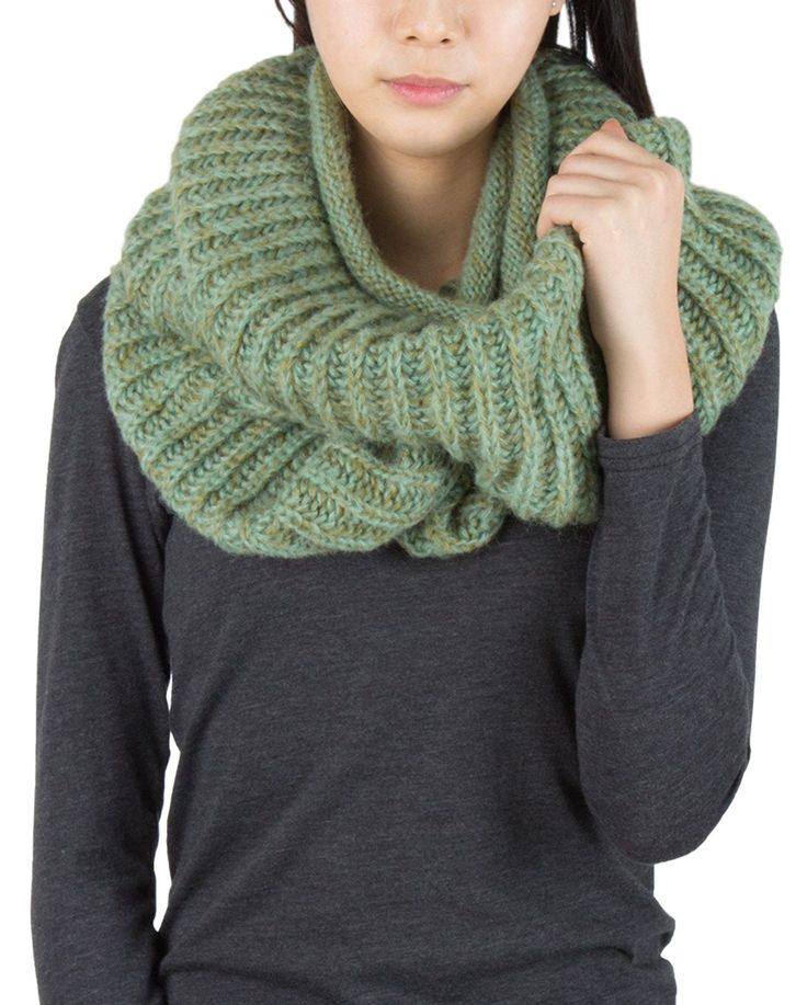 AnnaKastle Double Wrap Circle Ring Marled Chunky Knit Infinity Scarves in Celadon+Olive