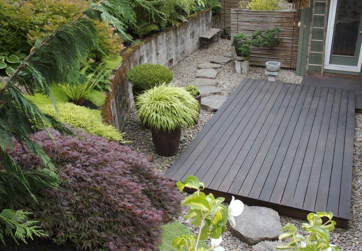 esp love the simple raise wood deck + stone combo