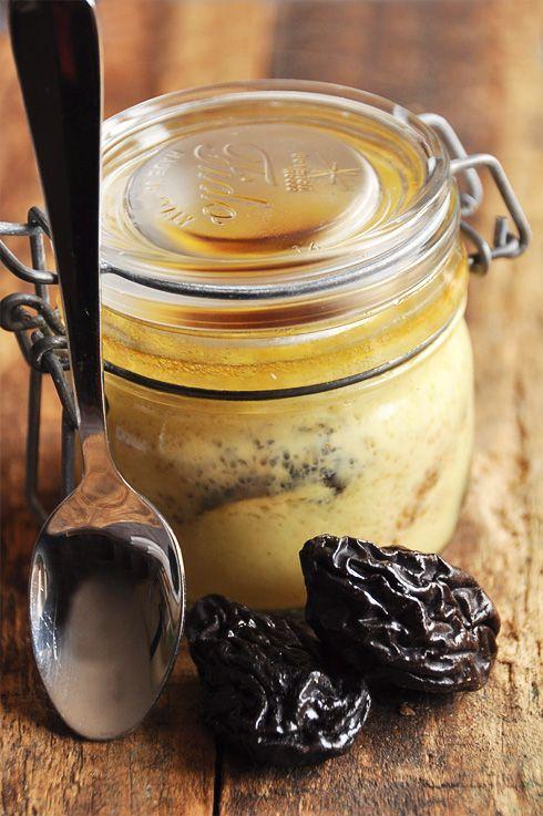 Pratique ce petit bocal ! Et si on faisait un flan moelleux avec des pruneaux doux et sucrés, le tout légèrement aromatisé au rhum ? Ce dessert chaleureux, simple et prêt à être emporté, est une invitation irrésistible à la gourmandise. A savourer quand...