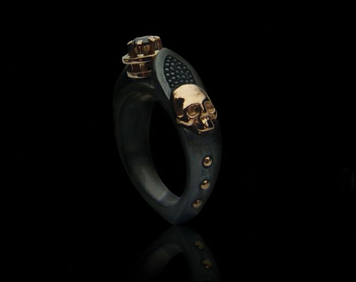 "01 / Nigrum adamas ""A"" - gothic skull gold/silver ring"