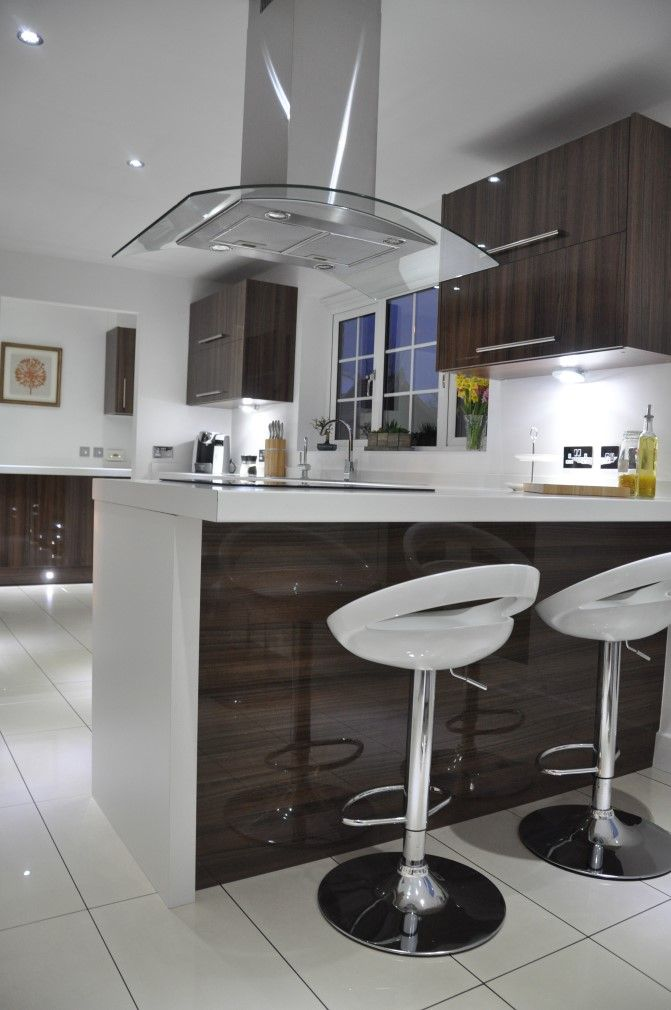 Noce Glacier Kitchen with 60mm Duropal White Laminate Worktops