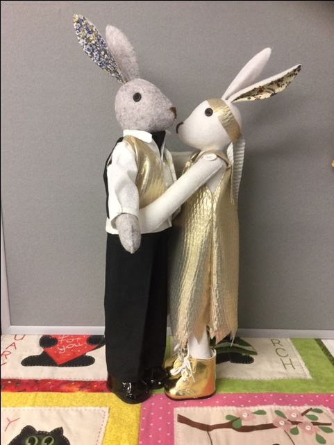 Bridal couple - wow! These are by Johanna Gault #lovelunalapin ~lovealfierabbit #lunasbirthdaycompetition #coolcrafting