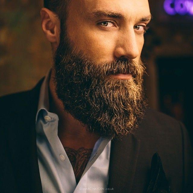 les 33 meilleures images du tableau barbe sur pinterest coiffure astuces et avoir une barbe. Black Bedroom Furniture Sets. Home Design Ideas