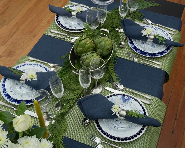The last of my holiday guest post series for the Didriks blog I call a  Serene New Year's table. This is a table intended for adult gatherings.  You probably have noticed that the combination of navy and green colors has  been used in fashion for the last few seasons and I think it is still fresh  to the eyes. With the white flowers, it also brings in a slight vibe of  winter. This color scheme mixed with Italian pewter tableware gives this  table the serene elegance for a more formal party…