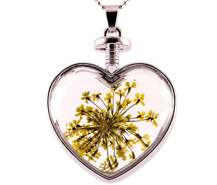 Sárga virágos nyaklánc https://www.blingekszer.hu/termekek/nyaklancok/sarga-floreria