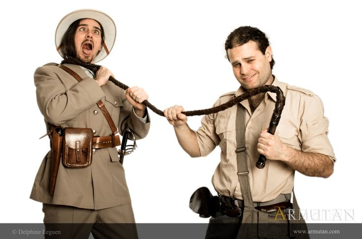 ©#armutan ©#delphineleguen #explorateurs #aventure #comédie #uniforme #britisharmy #fouet #indianajones #spectacle #humour