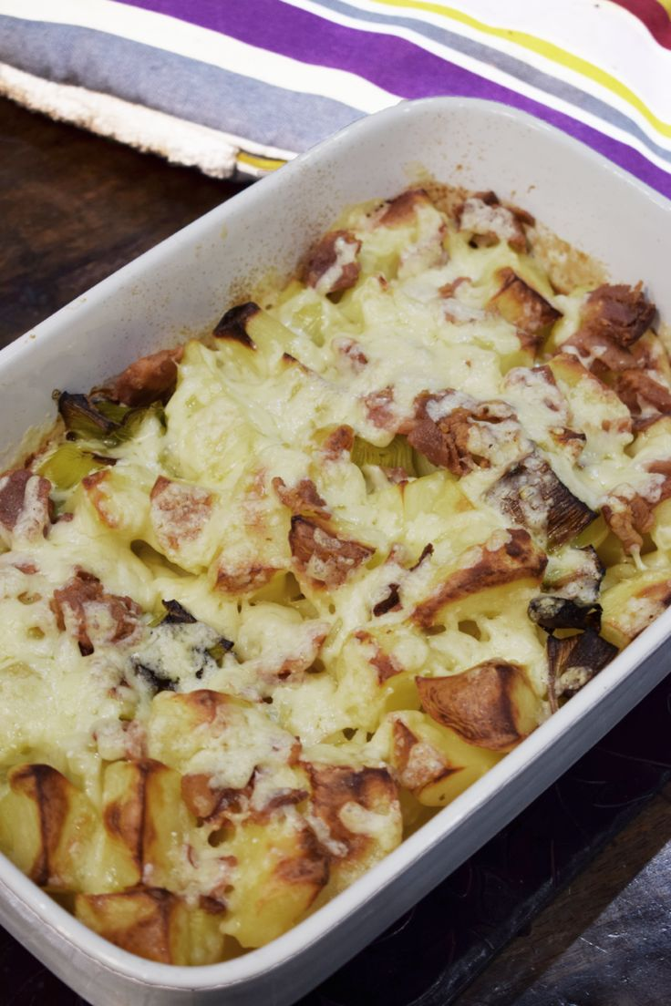 Syn Free Loaded Leek & Potato Bake - Cheese - Bacon - Slimming World