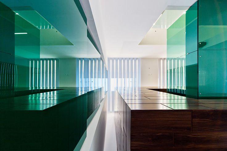 Sauflon Centre of Innovation | Foldes Architects | www.foldesarchitects.hu | #innovation #centre #architecture #interior #glass #wood #reflection
