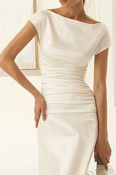 Audrey Hepburn esque simple stunning elegance wedding dress. BRIDE CHIC: STALKING THE LOOK BOOKS: SPOSA DI GIO