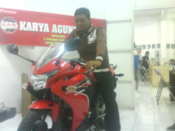 ...CBR 150 R 2012
