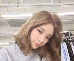 girl                                                                                                                                                                                 More