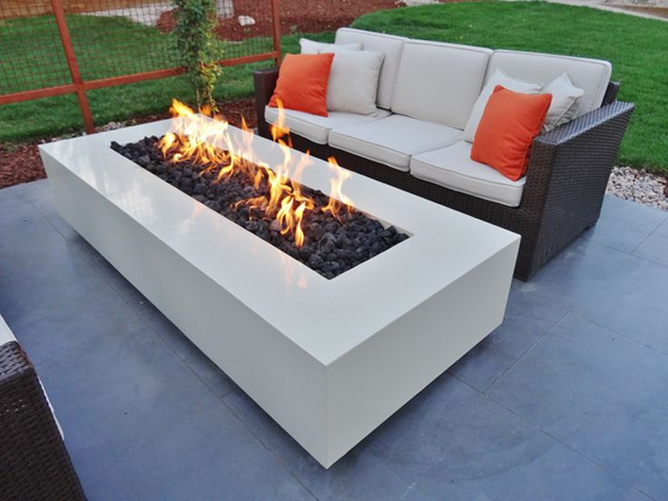 Best 25 fire pit designs ideas only on pinterest fire for Outdoor modern fire pit