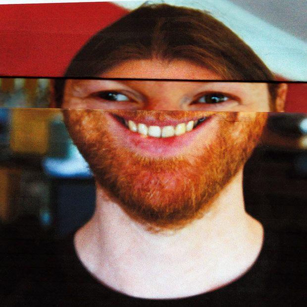 """13年ぶりにリリースされた、""""テクノビースト""""Aphex Twin(エイフェックス・ツイン)の最新アルバム『Syro』。いまぼくらはその音楽をどう受け止めればいいのか? そもそもエイフェックス・ツインって何者なのか? 『ele-king』編集長の野田努、音楽ライター三田格両氏による対談を、可能な限り生の状態で、お届けする。"""