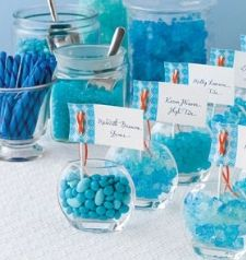 Candy Buffet at the reception: Offer candy confection choices that compliment the color palette of your wedding.