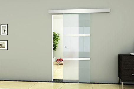 Geef uw woning een moderne en ruimtevolle uitstraling met deze glazen schuifdeur voor binnenshuis!