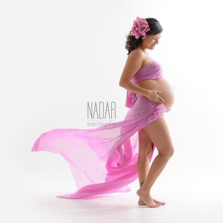 Maternity photography, shooting maternity, Pregnancy photos, Maternity photo ideas,maternity photography poses, www.studionadar.it