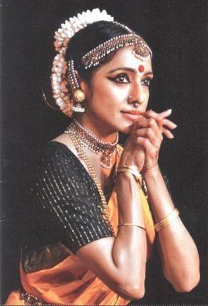Dancer Meenakshi Srinivasan is a disciple of the eminent Alarmel Valli and just received the Bismillah Khan Yuva Puraskar of the Sangeet Natak Akademi.