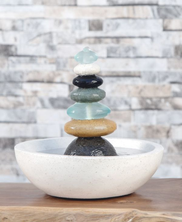 Soothing garden fountain inspired by traditional Cairns to bring peace and hope to your surroundings. Made in Indonesia.