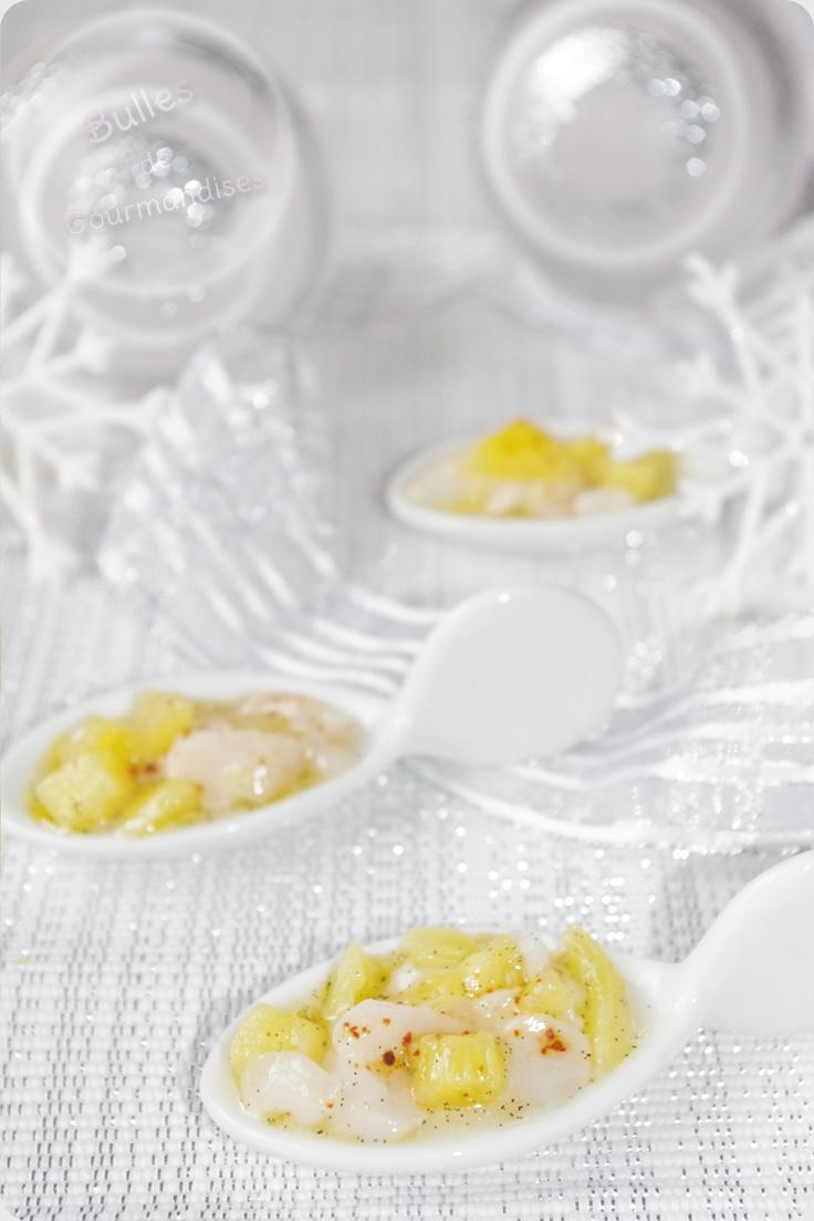 Tartare de Saint Jacques vanille, ananas et piment d'espelette