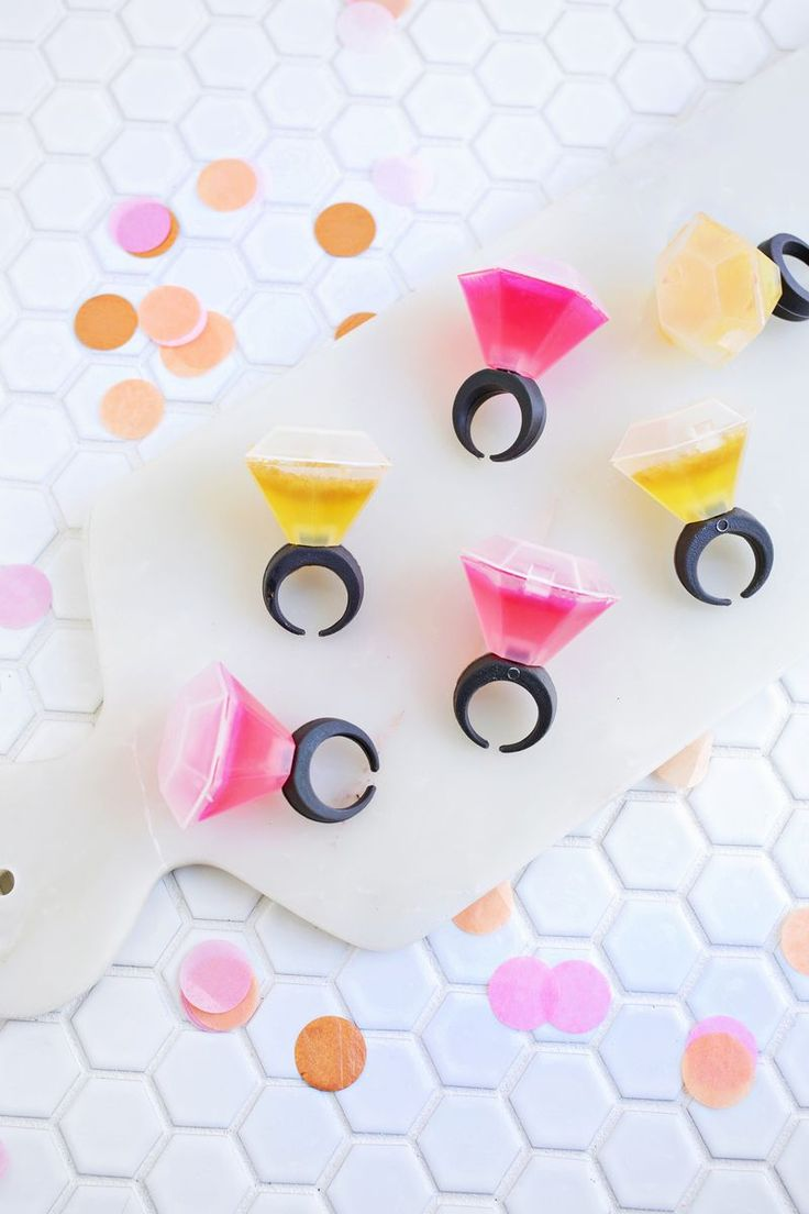 OMG! Diamond Ring Jello Shots?? (click through for tutorial) A Beautiful Mess