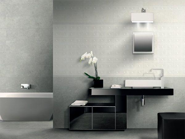 Pavimento e rivestimento karma bianco grigio con decoro - Bagno grigio e bianco ...