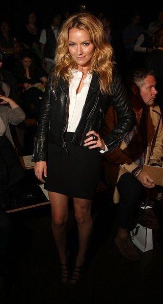 Becki Newton Fashion and Style - Becki Newton Dress, Clothes, Hairstyle - Page 2