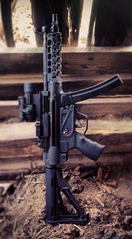 Spuhr upgraded MP5. - http://www.RGrips.com Find our speedloader now! http://www.amazon.com/shops/raeind
