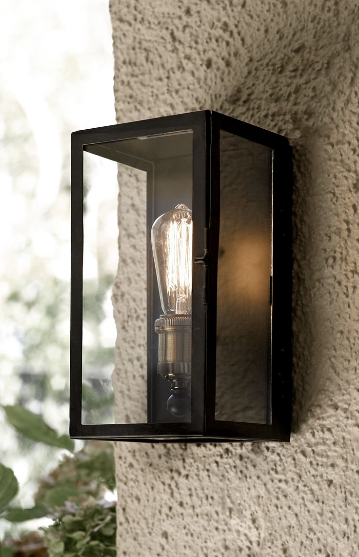 Southampton 1 light small exterior wall sconce in antique black.