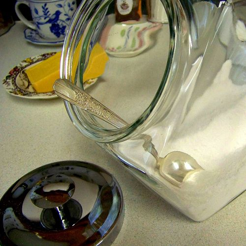 Homemade laundry detergent. So easy, inexpensive, and my clothes have NEVER felt cleaner! I will never go back to Tide! Also, a little added white vinegar to the fabric softener dispenser, naturally freshens, softens, and reduces static!: Frugal Upstate, Sodas Cups, 1 2 Cups, Homemade Laundry Detergent, Laundry Powder, Cups Borax, Homemade Laundry Soaps, Cups Wash, Powder Laundry Soaps