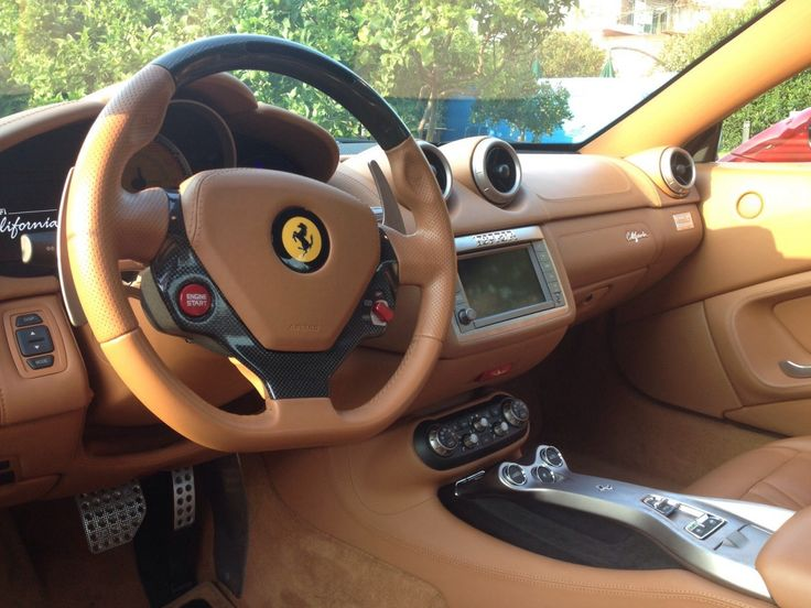 """OFFERTA BOOM!!! Noleggia la nostra Ferrari a partire da 100 Euro!!! Per maggiori informazioni e per prenotare la tua Driving Experience contatta il nostro Ufficio Booking: +39 081.7776423!!! """"Noleggi di Lusso"""": Raffinatezza, Eleganza e Professionalità al servizio dei vostri Sogni!!!"""