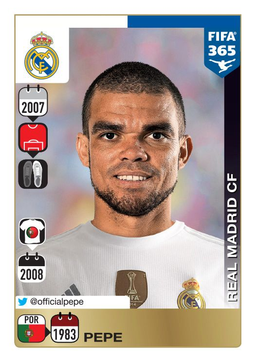 Panini 365: Gold Sticker
