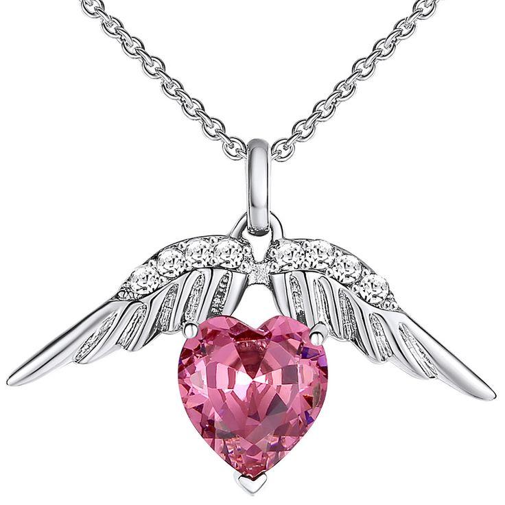 Pendentif avec ailes d'ange portant un coeur, quoi de plus romantique ? #SaintFrancisCrystals #eboutic #ventesprivees