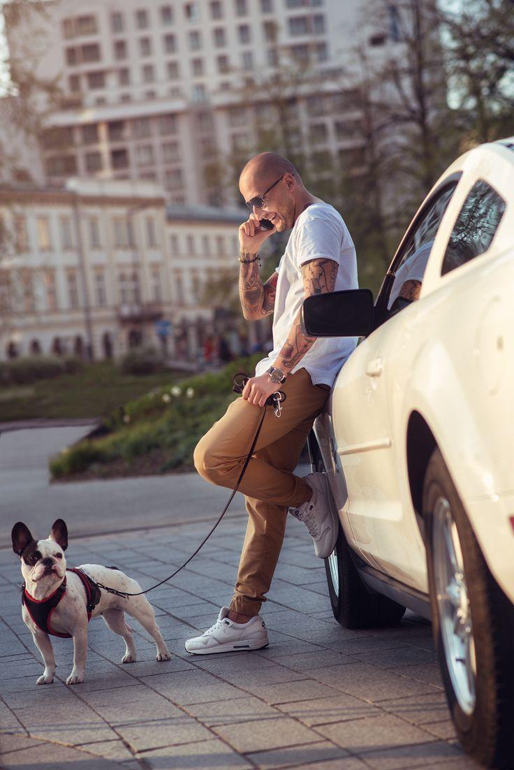 Tan Joggers White soft Tshirt & Zuzia The Dog ;)