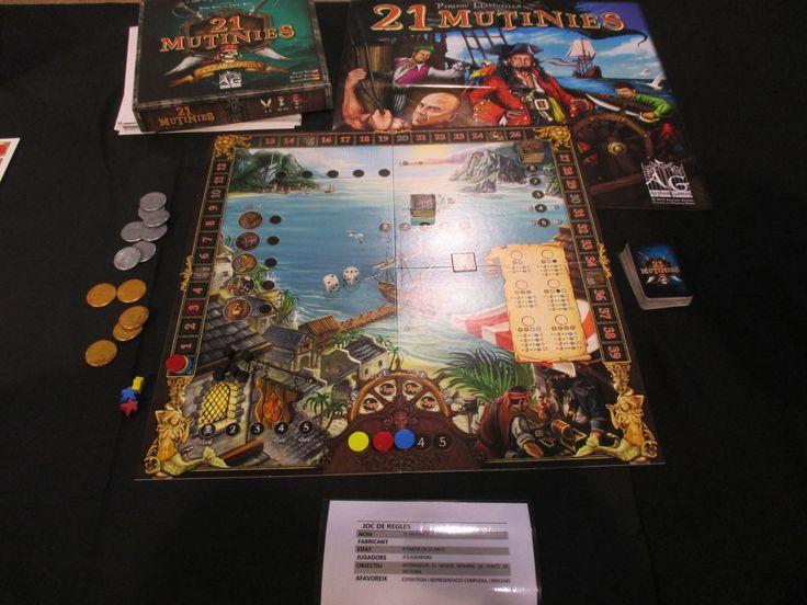 "21 Mutinies en la exposición ""Per Nadal, tota joguina val?"" organizada por Ludoteca Casa dels Colors (Barcelona) / 21 Mutinies in the expo ""Per Nadal, tota joguina val?"" sponsored by ""Casa dels Colors"" (Barcelona) #juegos #juegosdemesa #jocs #jocsdetaula #jeux #jeuxdetable #spiel #brettspiel #games #boardgames #bgg #boardgamegeek #21mutinies #pirates"