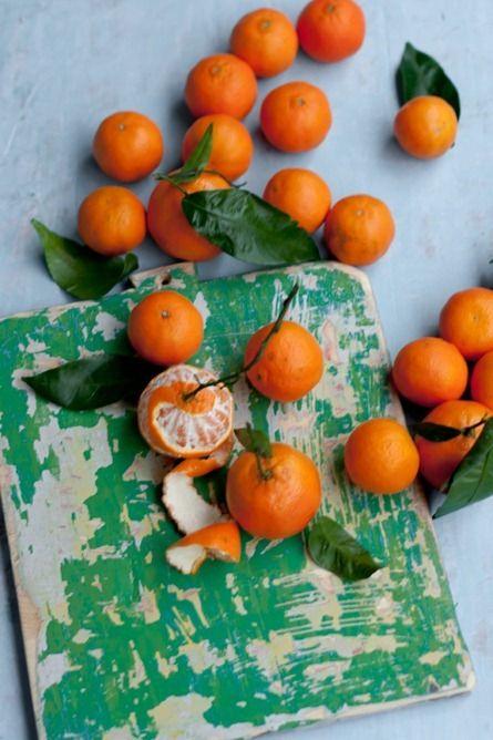 clementines: Colors Theory, Colors Combos, Food Style, Antiques Furniture, Fast Recipes, Citrus Cakes, Citrus Fresh Fruit, Fruit Trees, Furniture Ideas