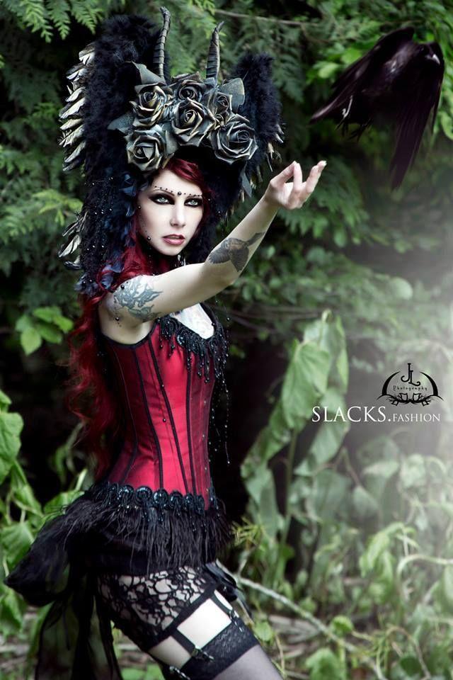Model Drastique Photo by JL Fotografie - Jessica Lippolis Fashion by Slacks Fashion Welcome to Gothic and Amazing |www.gothicandamazing.com