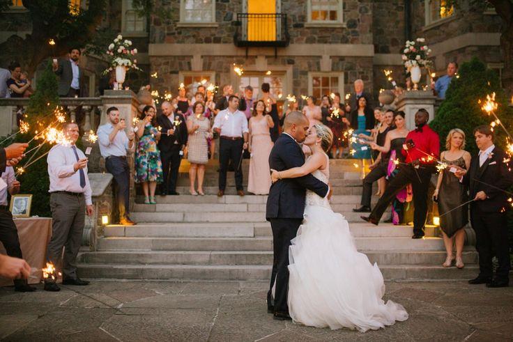 lindsie_grey_wedding_photographer_toronto_ontario_canada_ graydon_hall_manor_wedding_0588.jpg