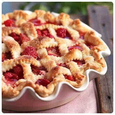 Raspberry pieℛaspberri Ƙiss, Raspberries Pies, Raspberries Kisses