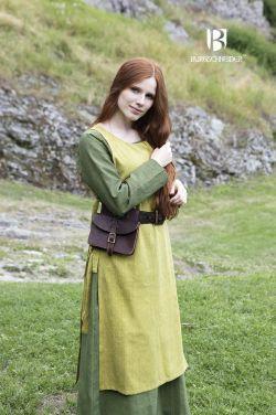 Wikinger-Set Haithabu mit lindgrünem Unterkleid und safrangelbem Überkleid