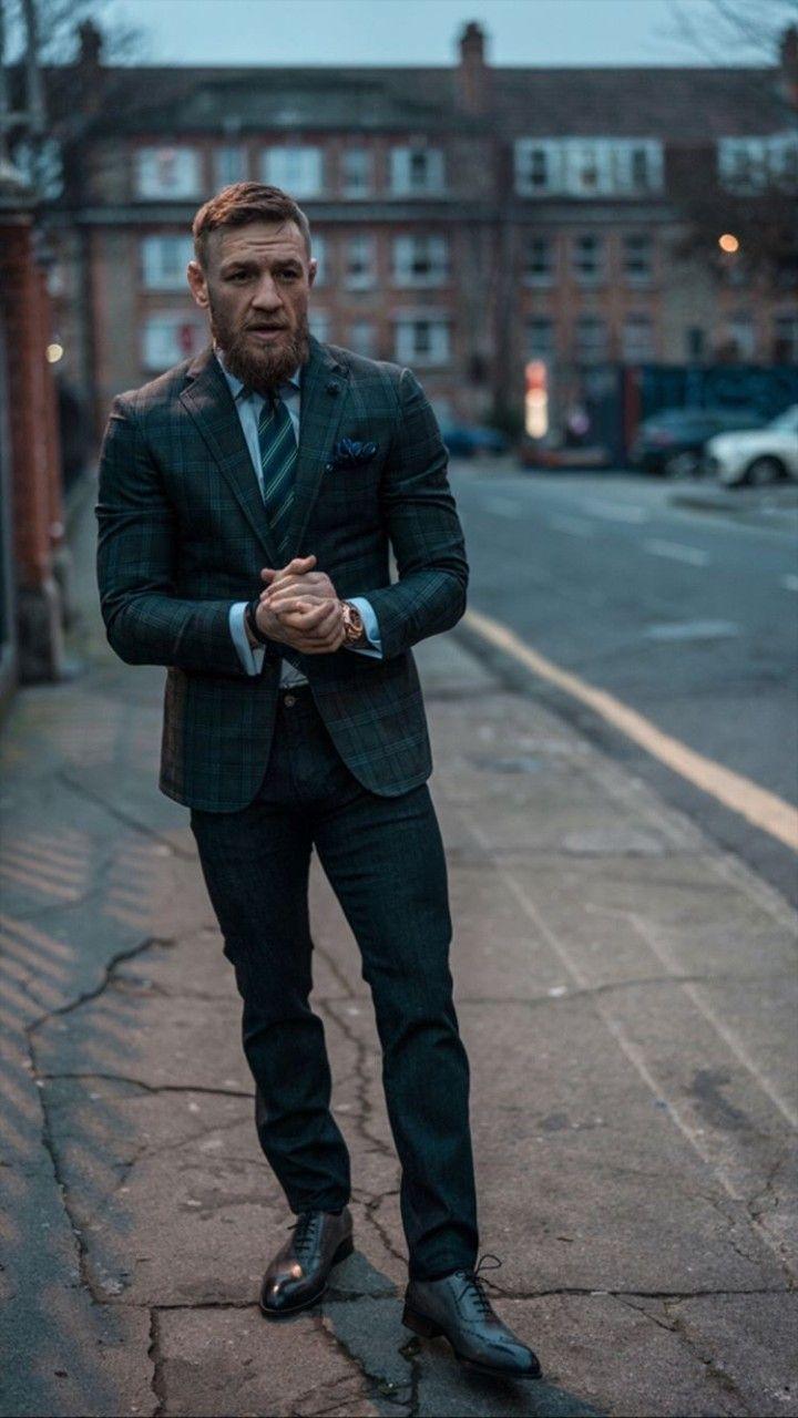 Pin By Gilberto Nascimento On Conor Mcgregor Conor Mcgregor Style Conor Mcgregor Suit Notorious Conor Mcgregor