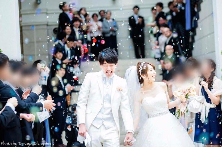 挙式演出「○○シャワー」の可愛い組み合わせパターン5選 | marry[マリー]