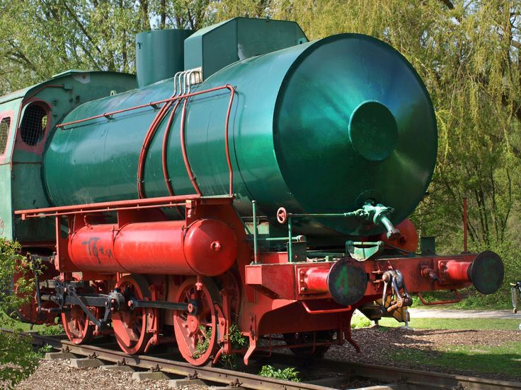 #green #loco #locomotive #museum locomotive #old #railway #red #steam locomotive #steam railway #towing vehicle #train #wheels